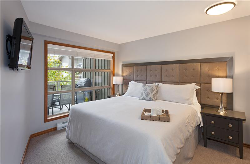 Whistler Vacation Rental Photos :: Comfortable Bedrooms